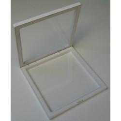 Case 180x180x20 mm.